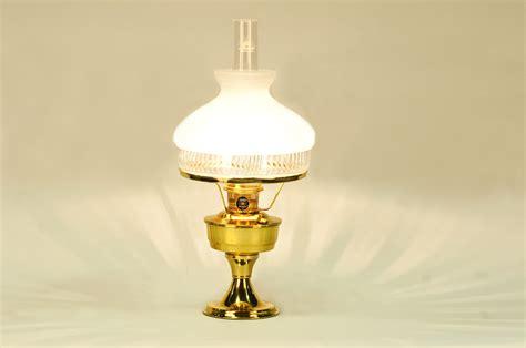 Lamp : Aladdin Brass Heritage Lamp /601 Shade