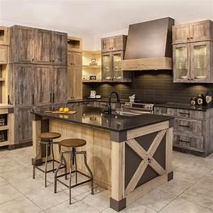 Cuisines beauregard armoires de cuisine realisation b5 for Idee deco cuisine avec cuisine rustique