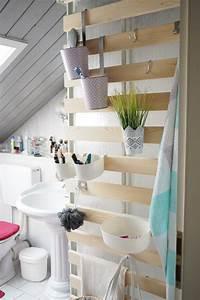 Bilder Im Badezimmer Aufhängen : diy wandaufbewahrung im badezimmer alles sofort griffbereit ~ Eleganceandgraceweddings.com Haus und Dekorationen