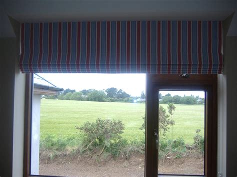 Curtains And Blinds Ireland Curtain Pole White Wood Linen Curtains For Living Room Can You Put On A Canopy Bed Rod Extender From Wall Encore Down Eminem Silver Blackout Uk Kitchen Steam Cleaning London