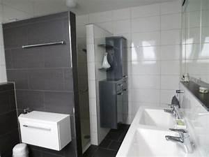 Fixer Upper Badezimmer : gemauerte dusche als blickfang im badezimmer vor und nachteile bad bathroom fixer upper ~ Orissabook.com Haus und Dekorationen