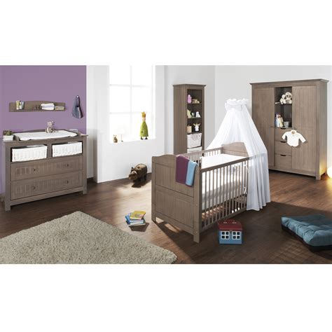 chambre bebe garcon taupe chambre taupe et