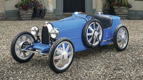 The sculptor was a big fan of bugatti's design and engineering since then, according to his daughter who spoke to dutch de telegraaf newspaper. The Auto Sleuth - Kitimat Northern Sentinel