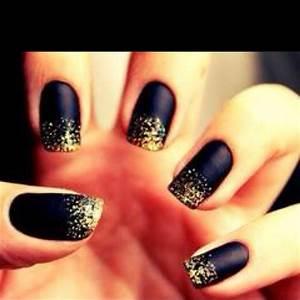 Kappa Alpha Theta - Black and gold nail design. | Nails ...
