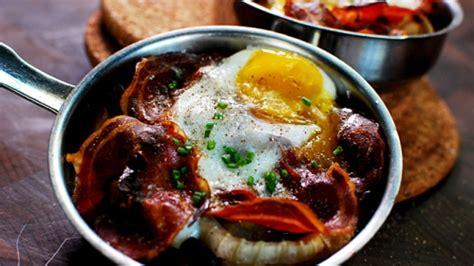 cuisiner rognons de porc cassolettes d 39 escargots chignons et oeuf