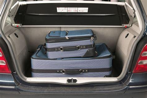 mercedes benz  class hatchback   features