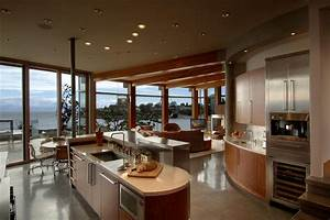 Modern beach house kitchen design beach theme kitchen for Modern house kitchen interior design