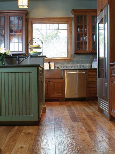 reclaimed hardwood flooring diy