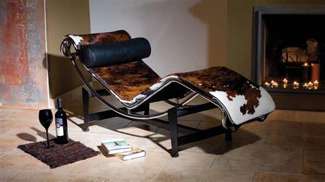 chaise longue en teck chaise longue le corbusier lc4 chaise longue 1300