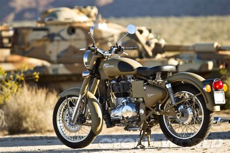 Royal Enfield Classic 500 Wallpapers by Royal Enfield Classic 500 F Wallpaper 1920x1280 165516