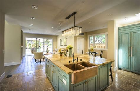 coastal inspired kitchens 23 beautiful style kitchens pictures designing idea 2271
