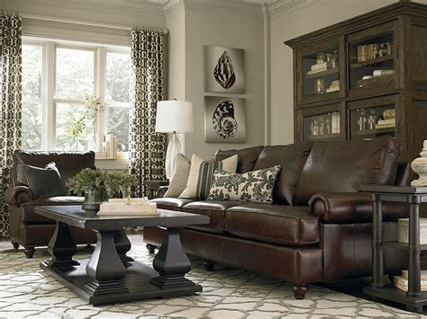 Dark Brown Couch With Pillows