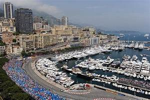 Gp De Monaco 2016 : william hill can lewis hamilton mercedes three peat in 2016 the road starts down under ~ Medecine-chirurgie-esthetiques.com Avis de Voitures