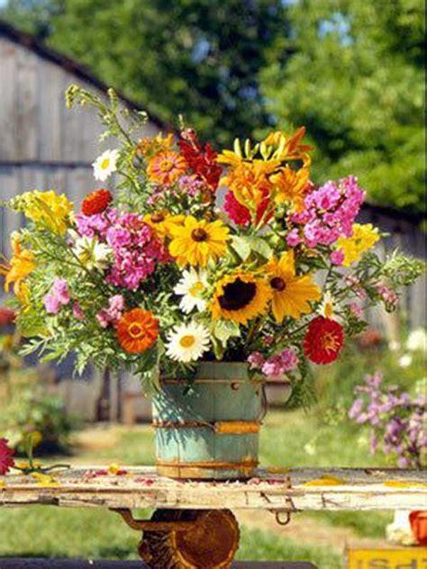 summer flower arrangements ideas 19 lovely summer wedding centerpiece ideas will amaze your guests amazing diy interior home