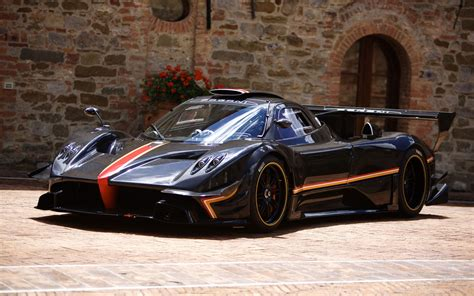 2018 Pagani Zonda Revolucion Wallpaper Hd Car Wallpapers
