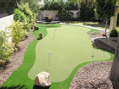 Backyard Artificial Putting Green by Golf Putting Greens For Backyard Plantoburo