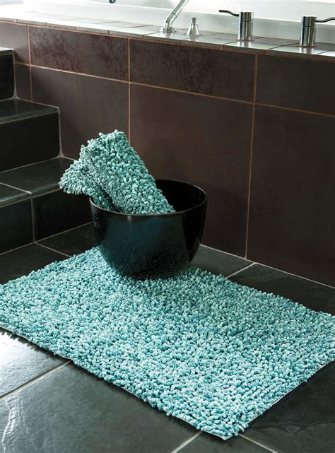 colorful bathroom rugs   products ideas