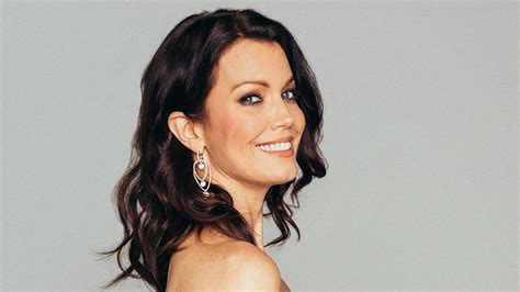 bellamy young shows scandal star bellamy young lands lead in abc pilot
