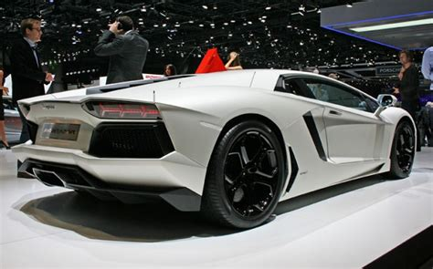 Lamborghini Aventador Lamborghini Aventador Price