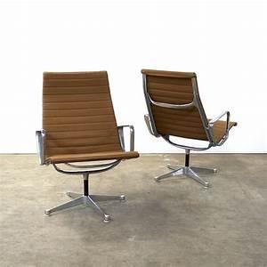 Fauteuil Charles Eames Original : 1950s eames ea116 lounge chair for herman miller for sale at 1stdibs ~ Nature-et-papiers.com Idées de Décoration