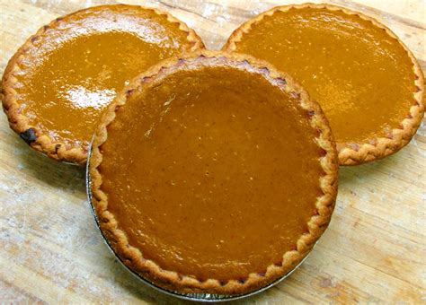 order pumpkin pie bennison s bakery thanksgiving 2017