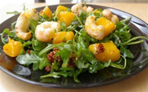 cuisiner des langoustines recettes de la salade de langoustines les recettes les