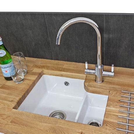 white bowl kitchen sink reginox tuscany 1 5 bowl white ceramic undermount kitchen sink 1762