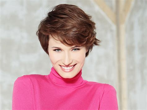 Light And Fluffy Short Haircut For Women With A Natural Curl