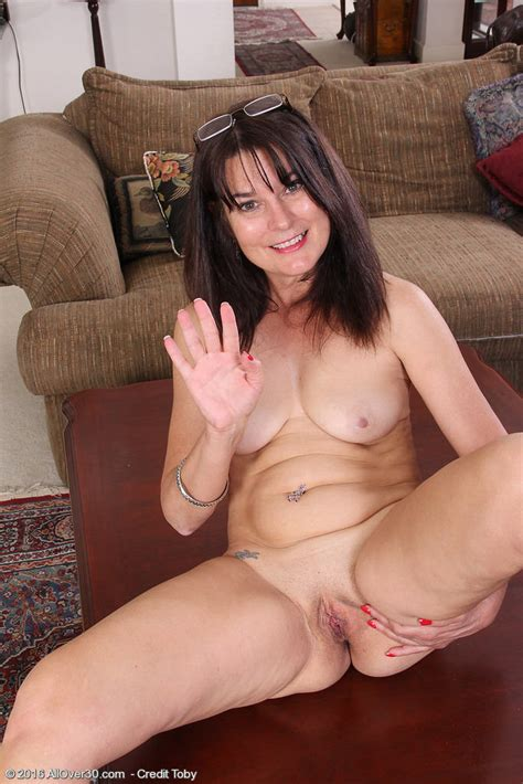 Mature Stripper Sherry Lee Wearing Some Pantyhose 1 Of 1
