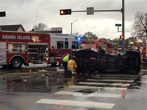 Boating Accident Grand Island Ne by Friday Morning Accident In Grand Island Leaves Two People