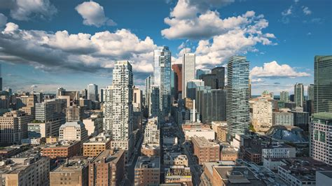 The financial district of Toronto at day time. 4K clip ...