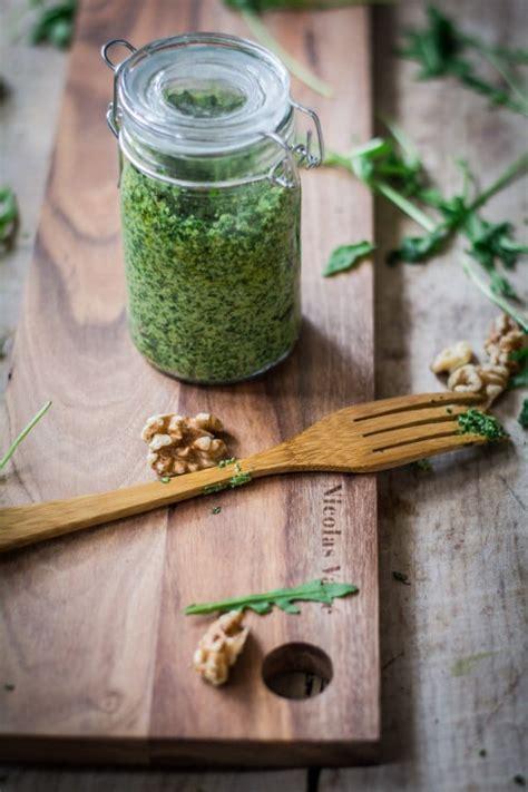 Selbstgemachte Mitbringsel Aus Der Kuche by Geschenke Aus Der K 252 Che Rucola Walnuss Pesto Handmade
