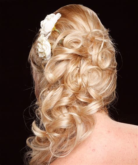 Curled Prom Hairstyles by Curly Prom Hairstyles Beautiful Hairstyles