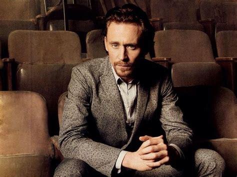 Tom Hiddleston. Via Twitter.   Tom hiddleston, Tom ...