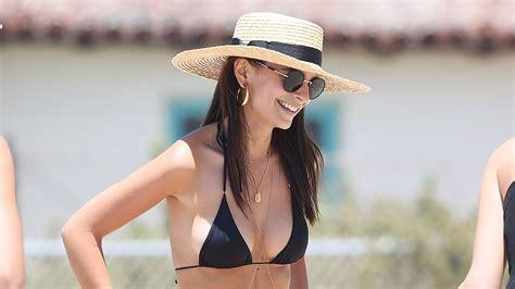 Emily Ratajkowski Is All Smiles Showing Off Toned Beach ...