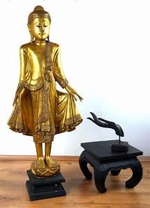 Buddha Figuren Deko : gro er thai buddha goldenes gewand handarbeit holzfigur deko asiatische skulptur ebay ~ Indierocktalk.com Haus und Dekorationen