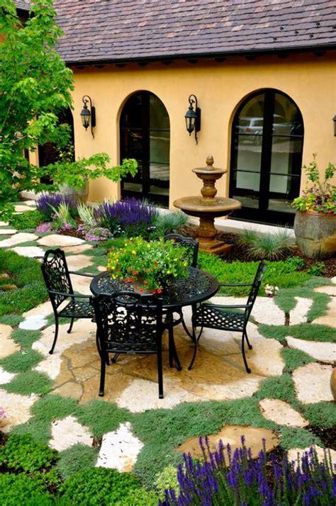 grille murale cuisine déco fer forge jardin exterieur exemples d 39 aménagements