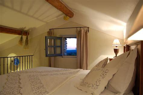 chambre gordes chambres d 39 hôtes de la beaume chambres d 39 hôtes gordes