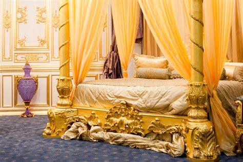 da letto con baldacchino da letto lussuosa con letto a baldacchino