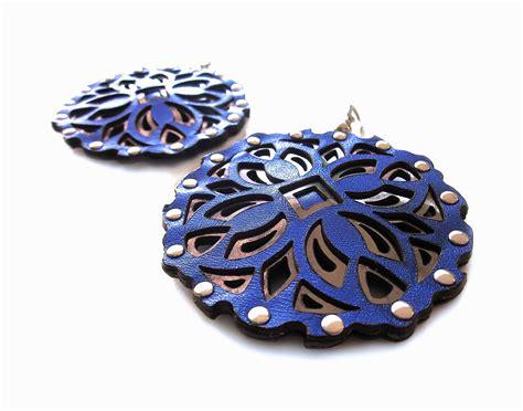 Elettric Blue:Mirror   Blue mirrors, Jewels, Mirror
