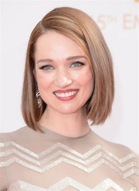 side parting blunt straight bob hairstyle  women