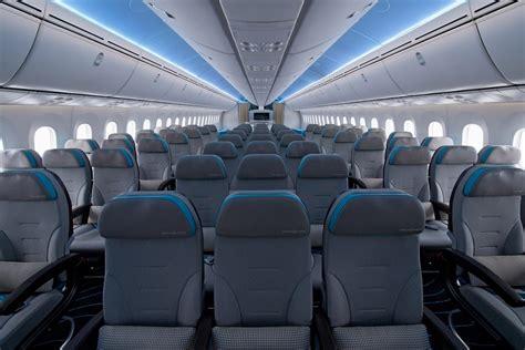 emirates codeshare flydubai pakai boeing  airbus