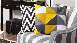 Coussin Style Scandinave : housse une protection en plus pour le mobilier westwing ~ Teatrodelosmanantiales.com Idées de Décoration