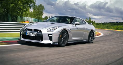 Nissan Gtr Picture 2017 nissan gt r review caradvice