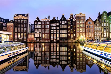 brussels and amsterdam tour by discovery nomads with 4 tour reviews code 0020 tourradar