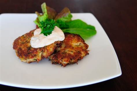 dungeness crab cakes  passionate plate