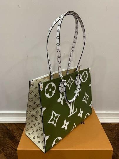 louis vuitton top handle tote onthego giant green beige logo monogram white canvas shoulder bag