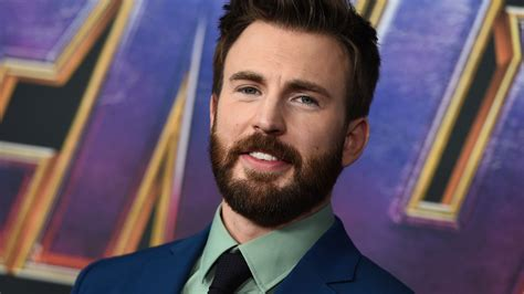 Chris Evans uses accidental nude photo to urge Americans ...