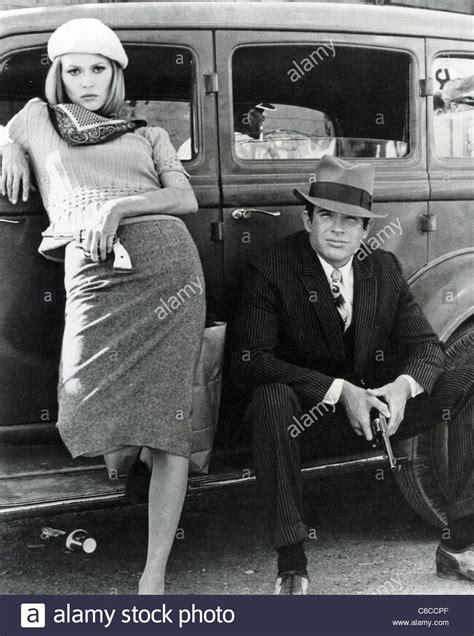 bonnie und clyde verkleidung bonnie und clyde 1967 warner bros mit warren beatty und dunaway stockfoto bild