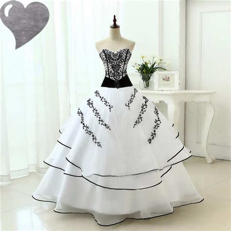 robe de mariage noir et blanche robe de mari 201 e et blanche mariage pas cher